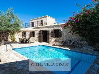 Villa 79340, Latchi