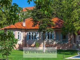 Villa 81588, Sinj