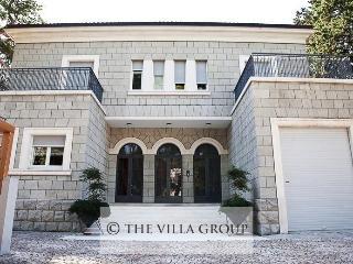 Villa 82826, Split