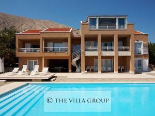 Villa 82831, Pag