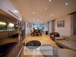 Villa 82848, Trogir