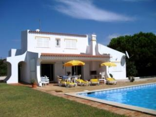 Large villa in quiet location, max. 8 persons, Carvoeiro