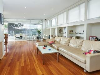 Family Beach House in North Bondi