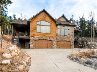 Beautiful Four Bedroom Luxury Duplex on Baldy Mountain in Breckenridge
