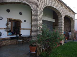 Maison dans village typique  très proche mer ., Villablanca