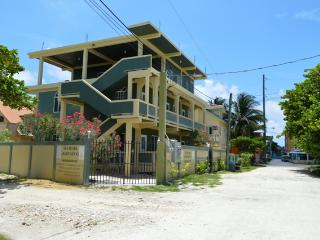 Toucan 2 Bedroom 2 Bathroom Condo Unit, San Pedro