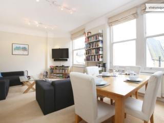 2 Bedroom in London's West End at Charing Cross Road
