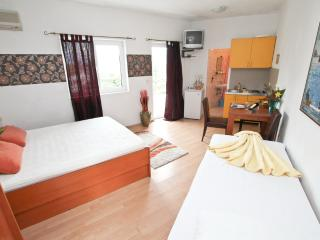 Cosy Studio in Savina in 100 m from the sea