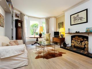 4 bedroom apartment overlooking Battersea Park, Battersea, London
