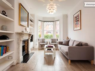 Beautifully finished 4 bed home, Gordondale Road, Wimbledon, Londres