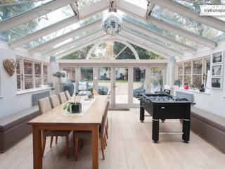 Stunning 5 bedroom modern family home, The Chase, Clapham, London