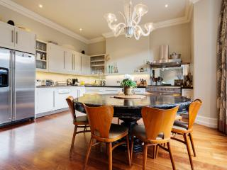Incredible interior designed home, Brondesbury Road, Queen's Park, London