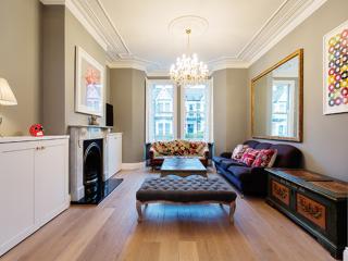 Elegant 4 bedroom family home on Kempe Road, Queen's Park, London