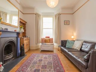 2 bedroom house on Oldfield Road, Stoke Newington, Londen