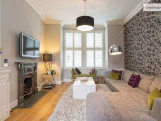 4 bed house on Farlow Road, Putney, London