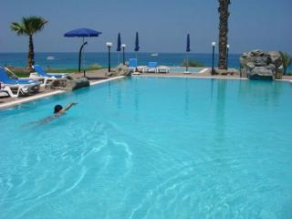 Luxury 2 bedroom apt with pool, Protaras
