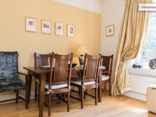2 bed 1 bath flat, Honeybourne Road, West Hampstead, London