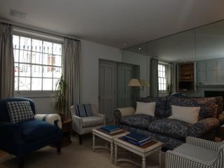 3 Bed house, First Street, Knightsbridge... 5 mins to Harrods!, Londen