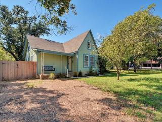 4BR North Loop Charmer near North Campus, Austin