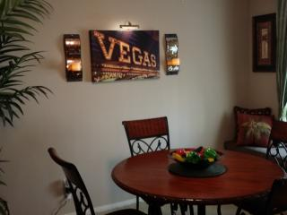 VEGAS VACATION! Amazing 3 bdrm-2 ba-close to strip, Las Vegas