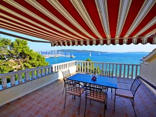 Luxury penthouse apartment Mediterranean, Kastel Gomilica
