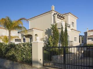 Luxury 5* Five Bedroom Villa with sea views, Almancil