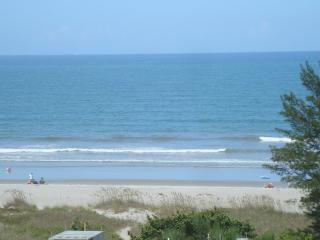 SANDALS, 2BD/1BA CONDO IN COCOA BEACH, FL, Cocoa Beach