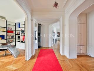 ref.10010, París