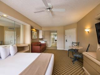 Studio WiFi, Pools, Spa,6 Mi.Disney,2 Mi. SeaWorld, Orlando