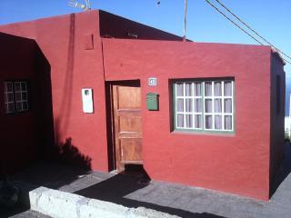 Pequeña casa coqueta en zona rural., Fasnia