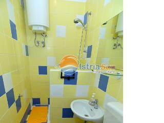 Apartment 000612 Apartment for 2 persons with extra bed (ID 1465), Rabac
