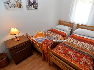 Apartment 000652 Apartment for 4 persons with extra bed and 2 bedrooms (ID 1560), Rabac