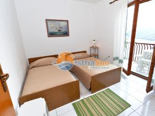Apartment 000653 Apartment for 4 persons with 2 bedrooms (ID 1563), Rabac