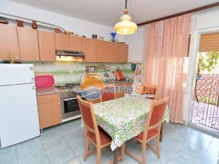 Apartment 000686 Apartment for 4 persons with 2 bedrooms (ID 1619), Pula