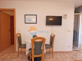 Apartment 000897 Apartment for 2 persons with 2 extra beds (ID 2089), Pula