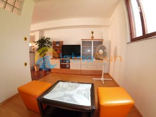 House 000932 Apartment for 12 persons with 5 bedrooms (ID 2228), Marcana