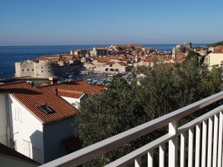 00216DUBR A1(2+1) - Dubrovnik