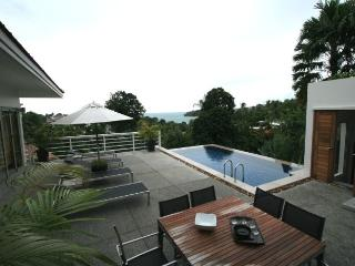 4 bedroom sea view villa in Kata - Reduce price, Patong
