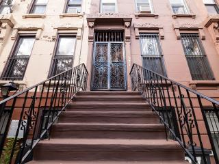 Brooklyn's Favorite Victorian Brownstone w/Garden