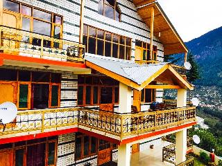 Amazing Manali Sunrise Cottage