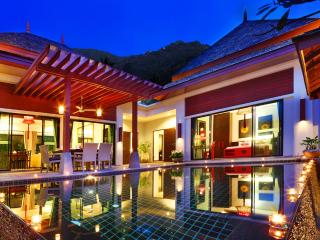 Luxury Private Pool Villa 3 Bedroom at The Bell