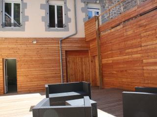 Maison Centre-V, 2 à 9 per, garage, cour, terrasse, La Bourboule
