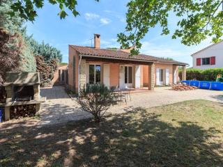 Charming House just 10 minutes from Avignon