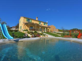 Villa D'Arsa with Garden and Biodesign Pool