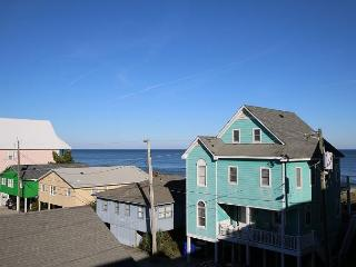 Sand Pebbles A28 - Unwind and enjoy a great oceanfront condo with a pool, Carolina Beach