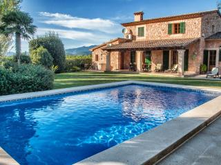 SON MONTSERRAT NOU.Villa con piscina en Sta. Maria