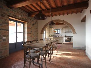 Villa Sophia in Brolio. Tuscany Family Home & Pool, Castiglion Fiorentino