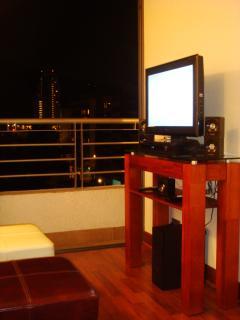 TV Cable, DVD, Radio, Home Theatre, Wifi