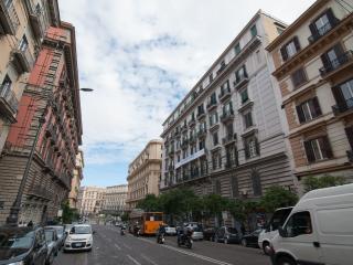 La terra del sole - Napoli