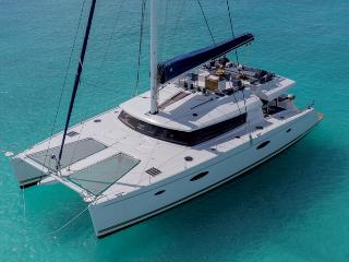 67 Foot Catamaran - All Inclusive, Turtle Cove